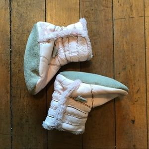Mini star leather baby boots